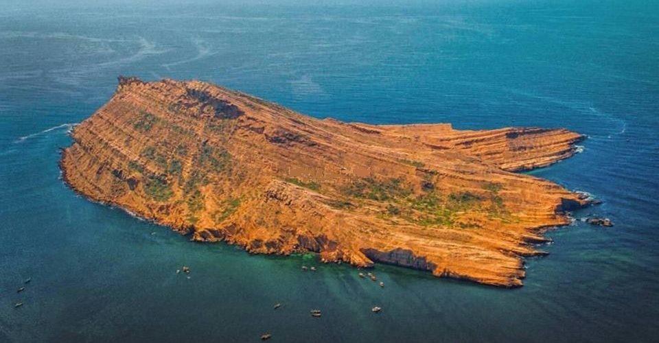 Churna Island Karachi - Pakistan Travel Guide